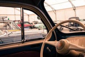 Reparación, alquiler y exposición de vehículos clásicos en el taller Taser 24 Horas